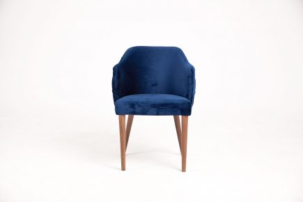 Buttoned dining chair in royal blue velvet with wood legs and modern design size 56/60/80 cm by Urvission Interiors price £333