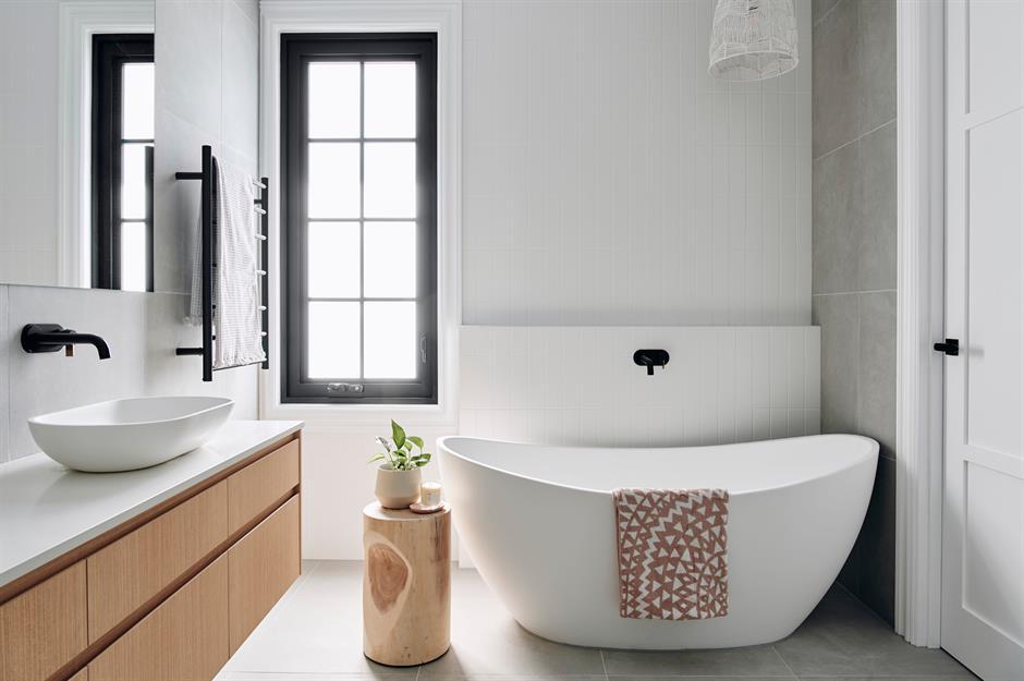Scandinavian wooden bathroom by Urvission Interiors