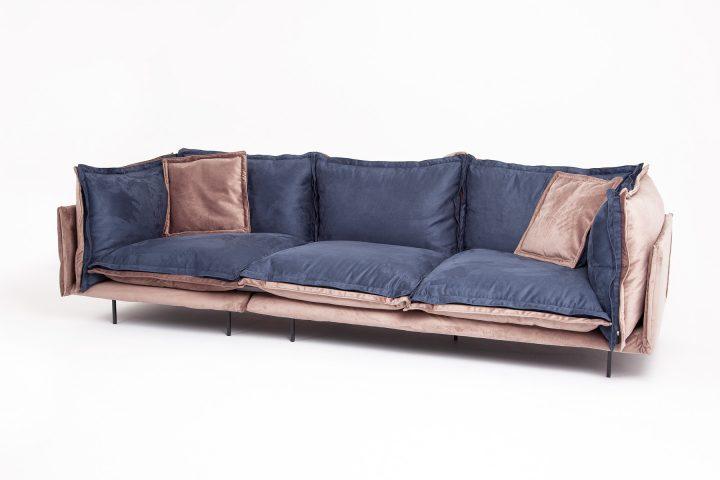 Blue_and_velvet_sofa_Effect_Urvission_Interiors